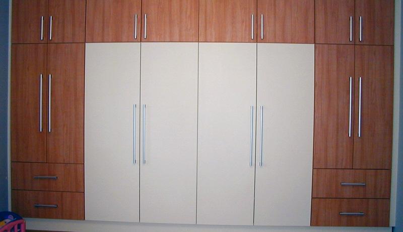 un placard ou dressing sur mesure avec les cuisines charlier. Black Bedroom Furniture Sets. Home Design Ideas